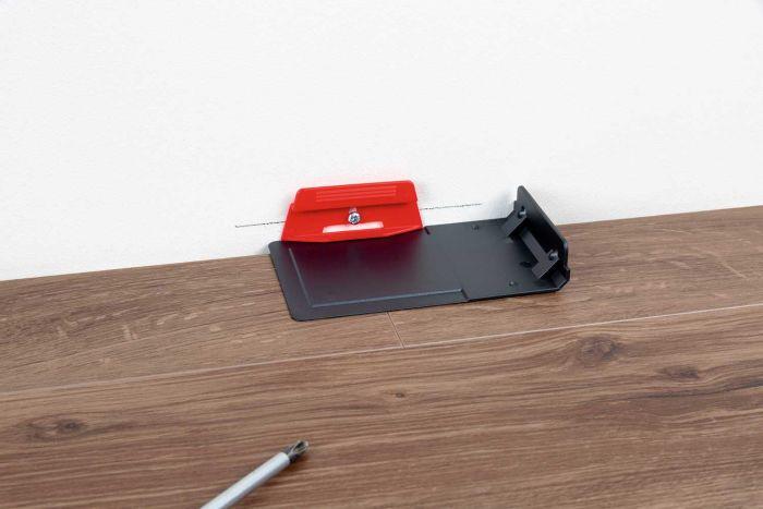 Parador Leistenclip rot für Sockelleisten
